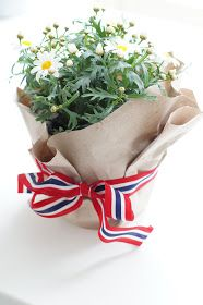 Mitt Lille Hjerte: 17. mai bordet.. Norway National Day, Sons Of Norway, Norway Food, Constitution Day, Farewell Parties, Happy B Day, 70th Birthday, Style And Grace, Holidays And Events