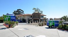 Holiday Inn Express Hotel & Suites San Diego Airport - Old Town San Diego Located 3 miles from San Diego International Airport, this hotel offers free shuttles to the airport, SeaWorld, San Diego Zoo, Amtrak station and more. Every room features a 32-inch flat-screen cable TV.