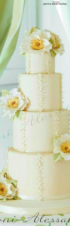 Alessandra Cake Designer