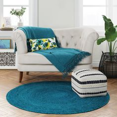 Teal Living Rooms, Living Room Area Rugs, Living Room Decor, Living Spaces, Bedroom Decor, Dining Room, Overstuffed Chairs, Teal Rug, Solid Rugs