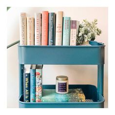Book Organization, Book Storage, Bookshelf Inspiration, Room Inspiration, Bookshelves In Bedroom, Bookcase, Storing Books, Minimalist House Design, Library Design