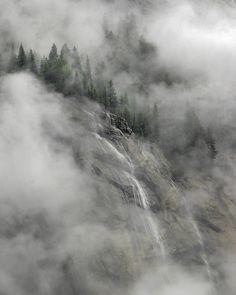 Yosemite Mist, by Rich Hansen
