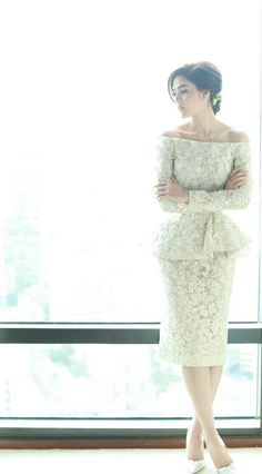 araya a. hargate,thailand,actress,elliesaabhautecoutur,wedding,hair,makeup