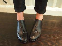Apparently i think im a nice British school boyRoberto Del Carlo tassel loafer booties