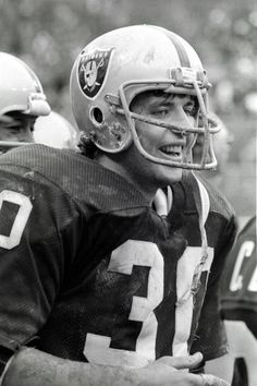 Running back Mark van Egen of the Oakland Raiders on the sideline during a game against the Cleveland Browns at Municipal Stadium on October 9 Okland Raiders, Raiders Players, Raiders Stuff, Oakland Raiders Football, Buckeyes Football, Football Memes, Nfl Football, Football Players, Raider Nation