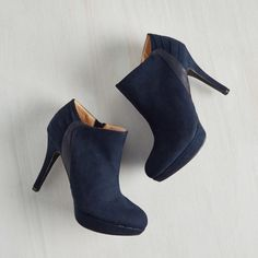Modcloth Blue Platform Booties by Report These are brand new! Never been worn! They are sized 8.5, but really fit like a 9. ModCloth Shoes Ankle Boots & Booties