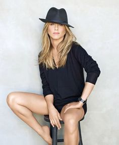 Jennifer Aniston, styled simply and amazingly.