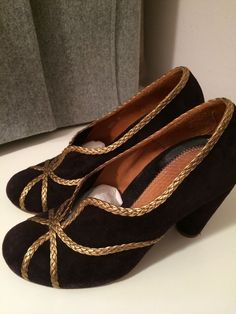 Chie Mihara Pumps Suede Gold Trim 38 Uk 5 Lila Aubergine Like New!