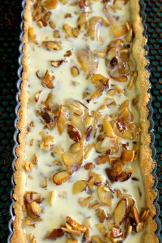 Grain Free Apple Almond Tart Process from Spinach Tiger Apple Desserts, Keto Desserts, Almond Flour Pie Crust, Tart Pan, Cinnamon Apples, Grain Free, Sugar Free, Spinach, Grains