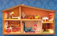 Museum of City of Helsinki has some dollhouses in it. Helsinki, Brio, Dollhouse Miniatures, Retro, Nostalgia, Memories, Home Decor, Life, Vintage