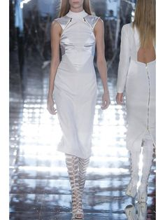 GABRIELA CADENA – FALL WINTER 2015 – PREORDER HERE: http://www.precouture.com/en/gabriela-cadena-fall-winter-2015/10722-white-dress.html PRECOUTURE.COM is the first European website offering the possibility to preorder the looks straight from the runway. Order your looks now and wear them before anyone else, before it hits stores !