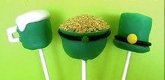 Use this #recipe to bake some dessert pops for St. Patrick's Day! Shaped like a leprechaun hat, a pot of gold and a mug of beer, these are great for a #party!