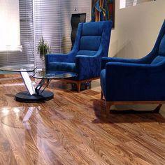Elesgo Laminate & Vinyl Flooring Home, Furniture & DIY Decor Interior Design, Interior Design Living Room, Living Room Designs, Room Interior, Archi Design, Wal, Vinyl Flooring, Home Decor Bedroom, Floor Chair