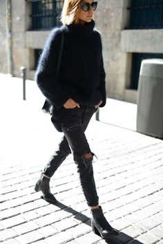 Black fuzzy sweater, skinny ripped jeans, block heel bootie for fall // street style