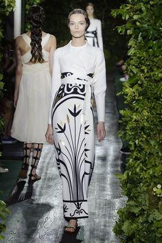 Valentino Fall/Winter 2014 Couture.