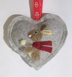 Christmas ornament, Bunny love, Spice Heart with snow ball hanging ornament, needle felted bunny hanging decorations,tree decoration