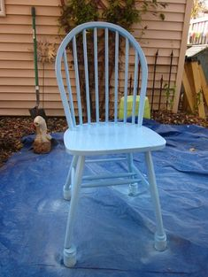 Painting the Windsor Chairs