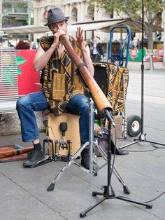 Melbourne busker Dan Richardson playing the didgeridoo Didgeridoo, Street Musician, Celtic Thunder, Musical Instruments, Melbourne, Musicians, Baby Strollers, Dan, Boys