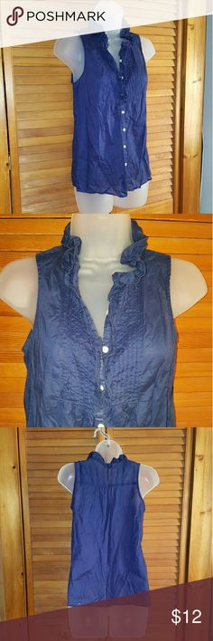 Old Navy Ruffled Button Up Tank Brand: Old Navy Size: XS Style: Ruffled neck line and button up  Color: Navy Blue  Condition: No Flaws!   Bundle to save! make offers and most are accepted! Old Navy Tops Tank Tops