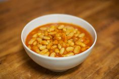 Shlai Fasolya – White beans in tomato soup – The awesome things I do.