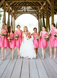 15 Beautiful Bridesmaid Dresses for Weddings that You Can Copy - Fashions Nowadays Hot Pink Bridesmaids, Pink Bridesmaid Dresses Short, Bridesmaid Tips, Bridesmade Dresses, Beautiful Bridesmaid Dresses, Brides And Bridesmaids, Wedding Dresses, Bright Wedding Colors, Hot Pink Weddings
