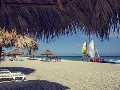Varadero (Cuba) / Hotel Playa De Oro 4* Départ de Montréal le: 6 mai 2017 - Pour : 7 jours Prix: à partir de 768$(par pers.)(taxes incl.)(tout incl.)(occ. dbl.)(places limitées)