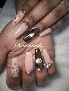 Pink Glitter Nails, Gradient Nails, Acrylic Nails, Acrylics, Nude Nails, Fabulous Nails, Gorgeous Nails, Hot Nails, Hair And Nails