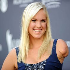Bethany Hamilton - Shark Attack Took Surfer's Arm-Medical Miracles Bethany Hamilton Shark Attack, Hamilton Pictures, Medical Miracles, Professional Surfers, Soul Surfer, Annasophia Robb, Streaming Movies, Hd Streaming, Celebs
