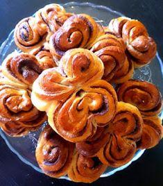 Sausage, Almond, Cooking Recipes, Cookies, Meat, Desserts, Food, Cupcake, Vases