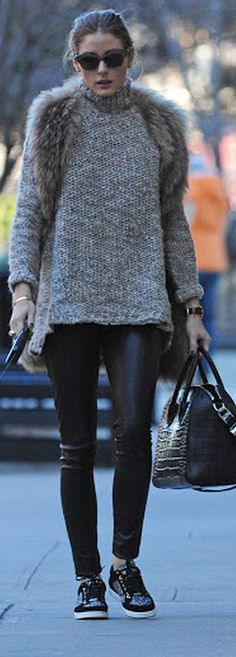 New sneakers street style winter olivia palermo ideas Olivia Palermo Outfit, Estilo Olivia Palermo, Look Olivia Palermo, Olivia Palermo Lookbook, Black Queen, Outfits Otoño, Casual Outfits, Look Fashion, Trendy Fashion
