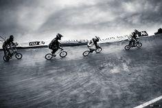 Bordeaux Bmx championnat de France place des quinconces Photographe Professionnel a Bordeaux | Sebastien Huruguen
