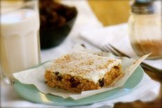 Recipe: Cinnamon Raisin Bars  This looks yummy! Can't wait to try it!