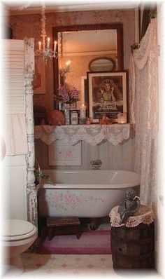 Wonderful DIY Ideas for a Small Bathroom Space! Shabby Chic Style…