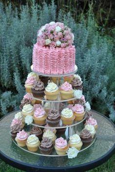 I LOVE THIS!!! The Cupcake House - NSW - www.cakeappreciationsociety.com