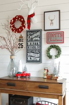 A classic red, white and gray Christmas entryway gallery wall! http://www.littlehouseoffour.com Wall Design, House Tours, Gallery Wall, Entryway, Diy Projects, Christmas Ornaments, Holiday Decor, Architecture, World