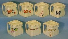 Hall Cube teapots. ADORABLE! I haven never seen this in person.
