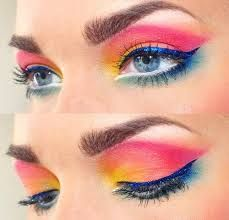 62 Beste Ideen für Augen Make-up Paso a Paso Nail Art Peacock Eye Makeup, Bright Eye Makeup, Dramatic Eye Makeup, Eye Makeup Art, Colorful Eye Makeup, Simple Eye Makeup, Dramatic Eyes, Natural Eye Makeup, Eye Makeup Tips