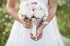 Romantic Barn Wedding | Jono and Laynie Photo and Film | Bridal Musings Wedding Blog29