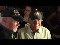 The Beach Boys: MIKE LOVE and BRUCE JOHNSTON attend 'Hollywood Walk of Fame Honors' TV taping - YouTube