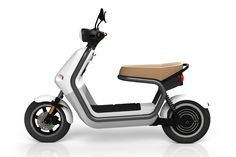 Q ELECTRIC SCOOTER. ROBERT BRONWASSER.