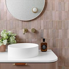 LUMIÈRE // Blush bathroom... She's pretty, playful and I love the tone on tone (even tho it took us a few goes to get the vanity colour…