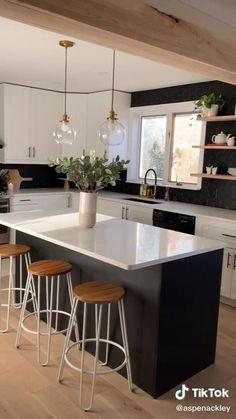 Kitchen Room Design, Modern Kitchen Design, Home Decor Kitchen, Interior Design Living Room, Home Kitchens, Kitchen Ideas, Modern Kitchen Lighting, Small Modern Kitchens, Black Couch Living Room
