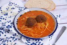 Hagyományos paradicsomos káposzta Recept képpel - Mindmegette.hu - Receptek Penne, Thai Red Curry, Veggies, Lunch, Make It Yourself, Ethnic Recipes, Food, Deserts, Vegetable Recipes