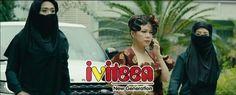 """Việt Hương sợ hãi quỳ rạp trước """"khủng bố"""" Trấn Thành và Thu Trang - http://www.iviteen.com/viet-huong-so-hai-quy-rap-truoc-khung-bo-tran-thanh-va-thu-trang/ Chịu quá nhiều ức hiếp từ Việt Hương, Trấn Thành và Thu Trang quyết định vùng lên khiến đồng nghiệp sợ """"mất mật"""" đến mức quỳ rạp xuống đất. (5)  #iviteen #newgenearation #ivietteen #toivietteen  Kênh Blog - Mạng xã hội giải t"""