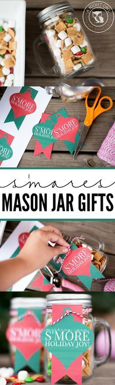 S'mores Mason Jar Gifts - download and print FREE tags today! Perfect gifts for teachers, neighbors and friends!