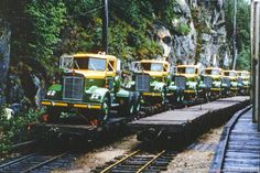new_trucks_skgy_1969.jpg 1,024×683 pixels
