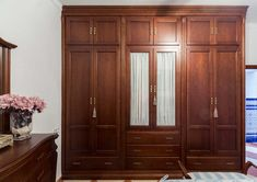 Bedroom wardrobe on one side and contine to oneside with a wall to wall mirror Wooden Wardrobe, Wardrobe Furniture, Wardrobe Design Bedroom, Closet Bedroom, Home Furniture, Furniture Design, Wooden Cupboard, Closet Built Ins, Wood Design