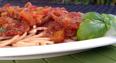 Slow cooker summer pasta sauce with basil