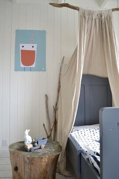 DIY: Himmelbett für Kinder - Remodelista - The Home - Girl Room, Girls Bedroom, Master Bedroom, Bedroom Ideas, Summer Bedroom, Boy Bedrooms, Trendy Bedroom, Bed Ideas, Bedroom Inspiration