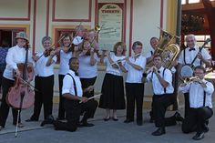 Raisin River Ragtime Revue perform a meticulously researched Ragtime repertoire that is as authentic as you can make it.